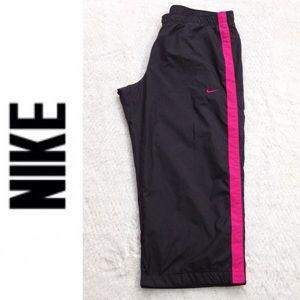 Nike Cropped Windbreaker Training Pants